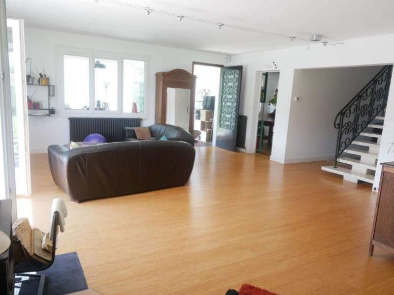 Sale house / villa Bouhet 375500€ - Picture 2