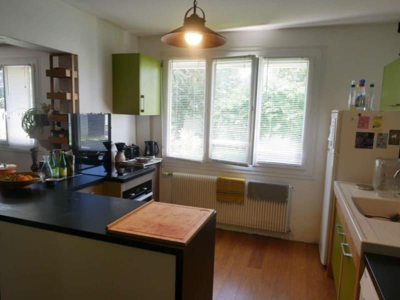 Sale house / villa Bouhet 375500€ - Picture 6
