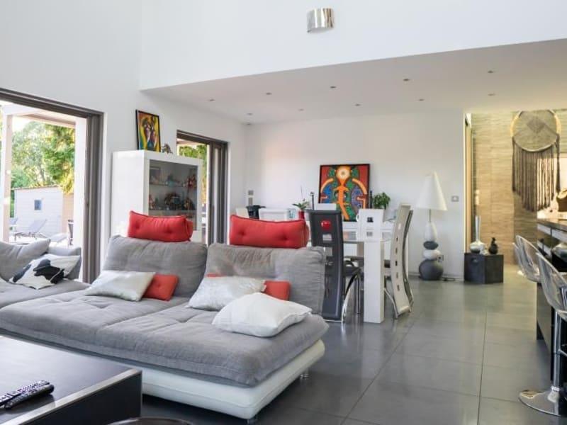 Deluxe sale house / villa St bernard 1095000€ - Picture 2