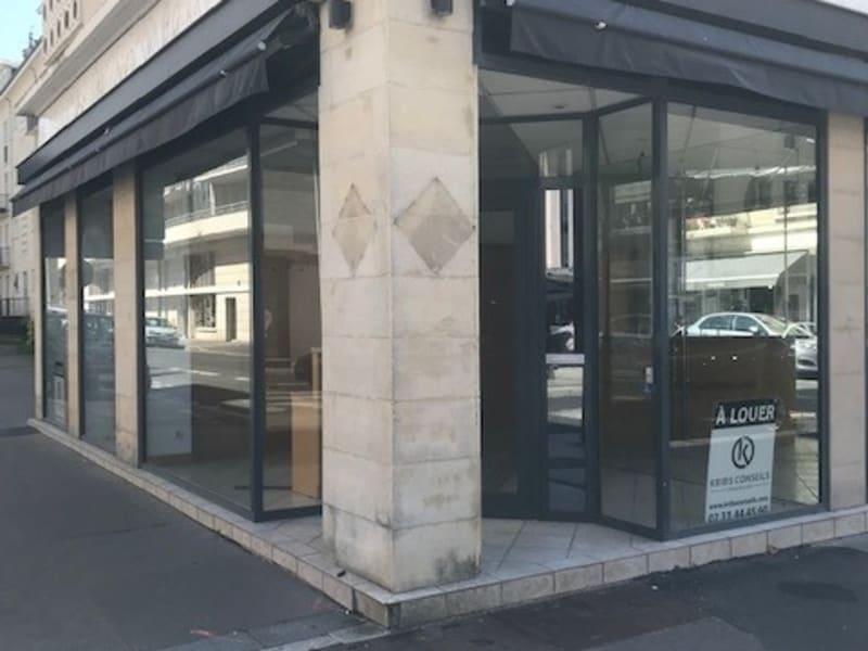 Location immeuble Caen 42000€ HC - Photo 1