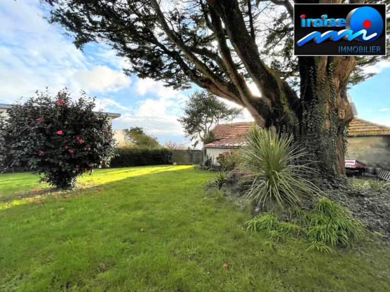 Sale house / villa Brest 372000€ - Picture 2