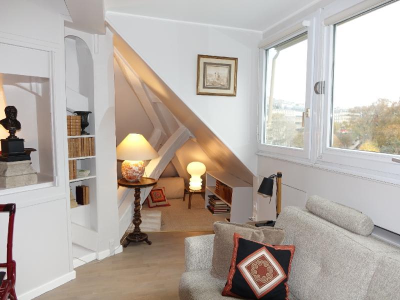 Location appartement Paris 6ème 1585€ CC - Photo 3