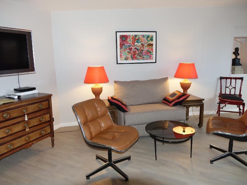 Location appartement Paris 6ème 1585€ CC - Photo 5