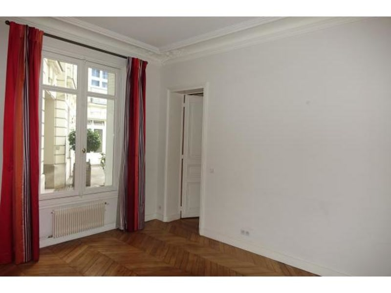 Location appartement Paris 6ème 2829,14€ CC - Photo 3