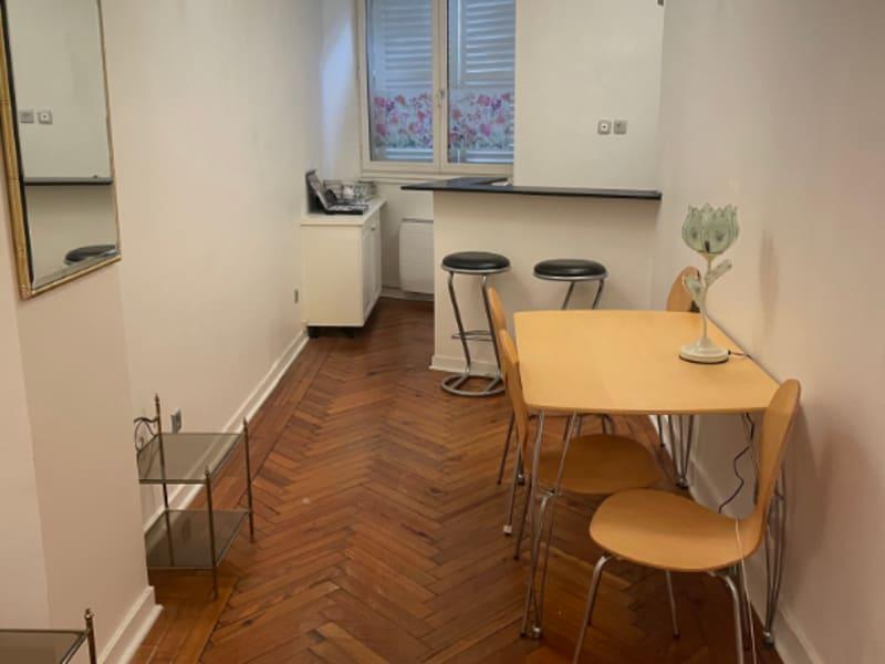 Location appartement Paris 8ème 995€ CC - Photo 6