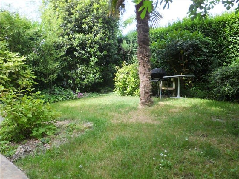 Rental apartment Montigny le bretonneux 1430€ CC - Picture 1