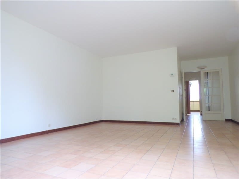 Rental apartment Montigny le bretonneux 1430€ CC - Picture 3