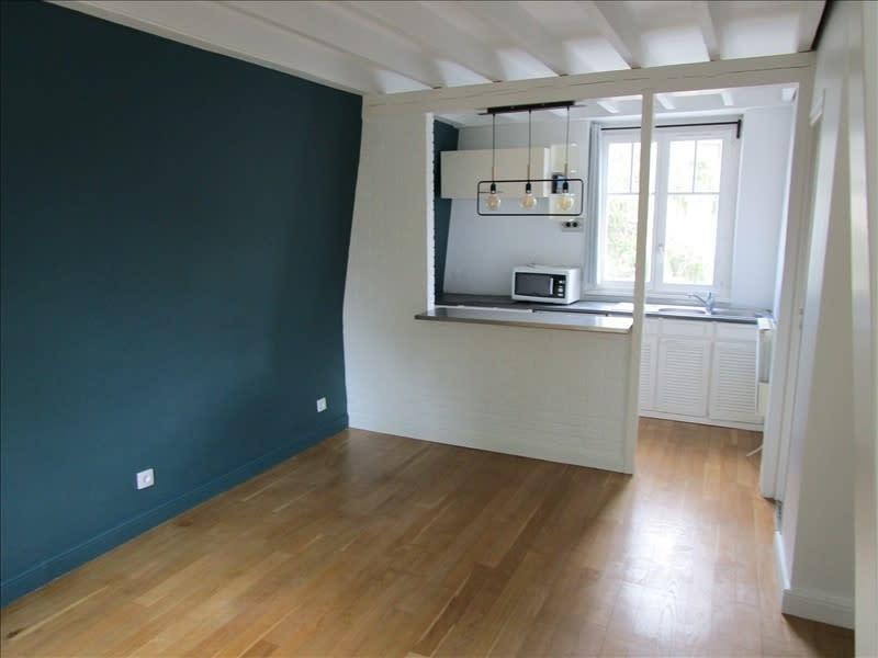 Rental apartment Le vesinet 950€ CC - Picture 2