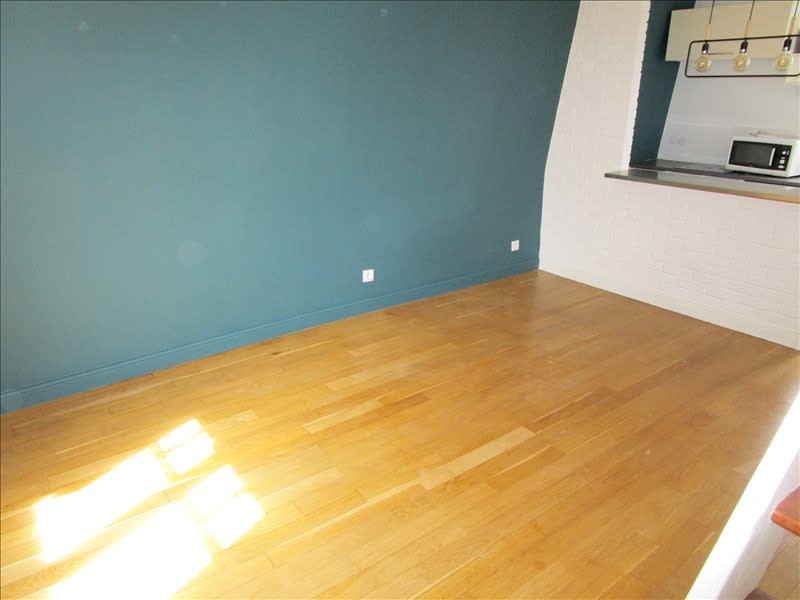 Rental apartment Le vesinet 950€ CC - Picture 3