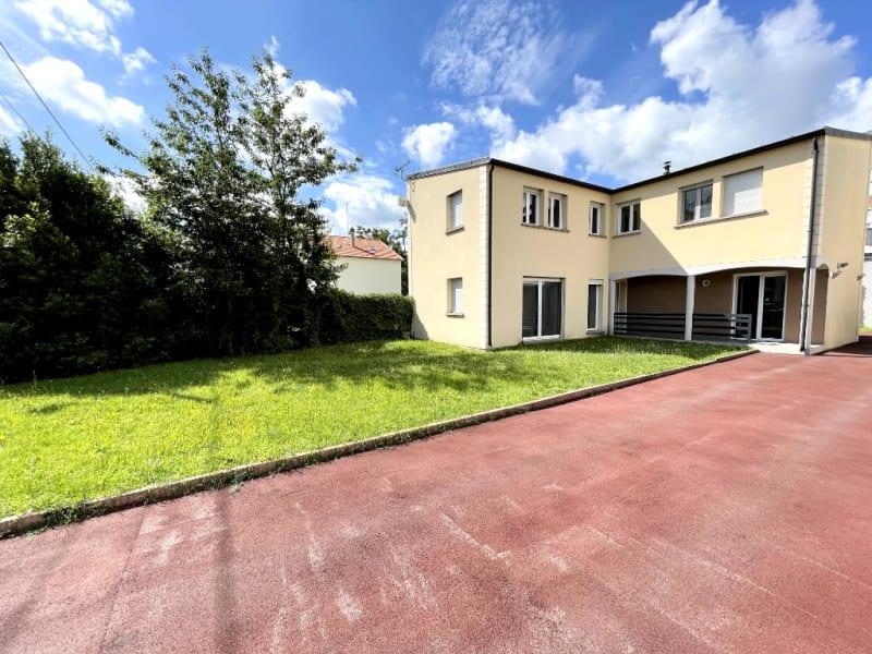 Sale house / villa Vigneux sur seine 390000€ - Picture 1