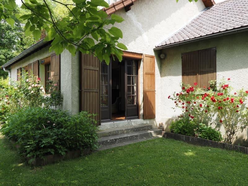 Sale house / villa Mareil sur mauldre 440000€ - Picture 1
