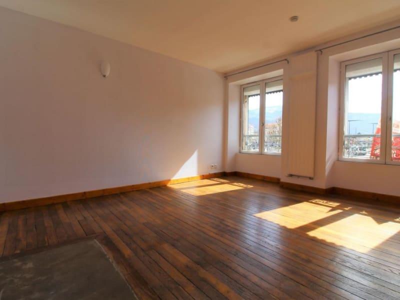 Rental apartment Voiron 676€ CC - Picture 2