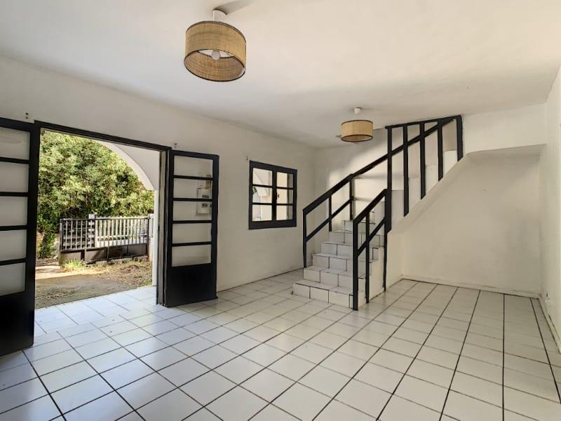 Rental house / villa Saint pierre 850€ CC - Picture 1