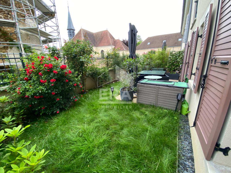 Sale apartment Mandres les roses 249000€ - Picture 2