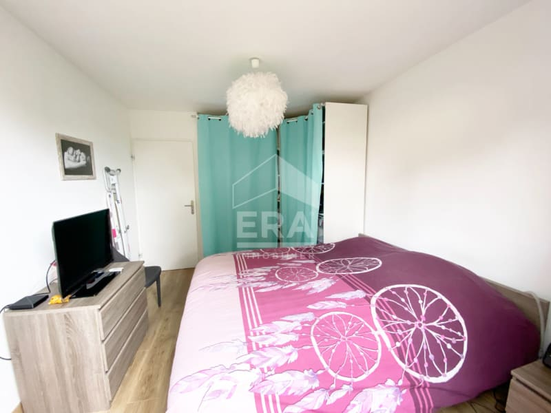 Sale apartment Mandres les roses 249000€ - Picture 6