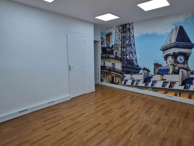 Location bureau Paris 10ème 3300€ CC - Photo 4