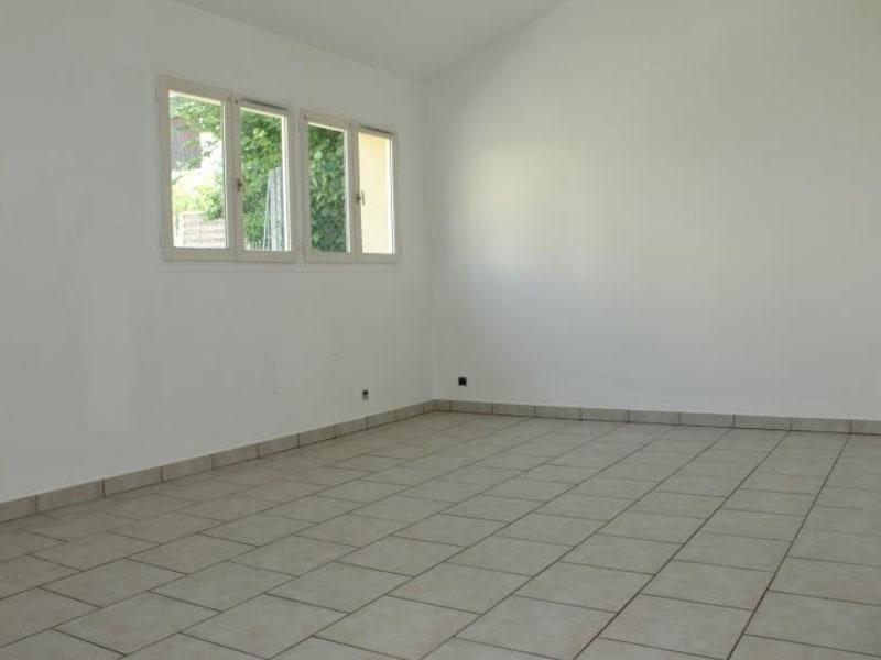 Rental house / villa Pontoise 790€ CC - Picture 2