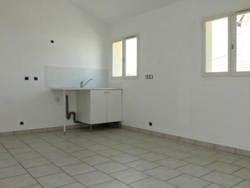 Rental house / villa Pontoise 790€ CC - Picture 3