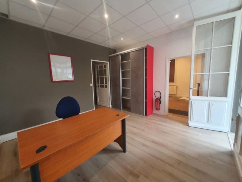 Location local commercial Mios 1800€ HC - Photo 2