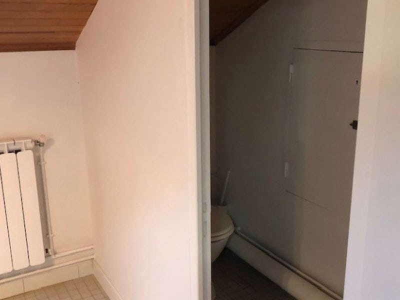 Location local commercial Mios 540€ HC - Photo 5