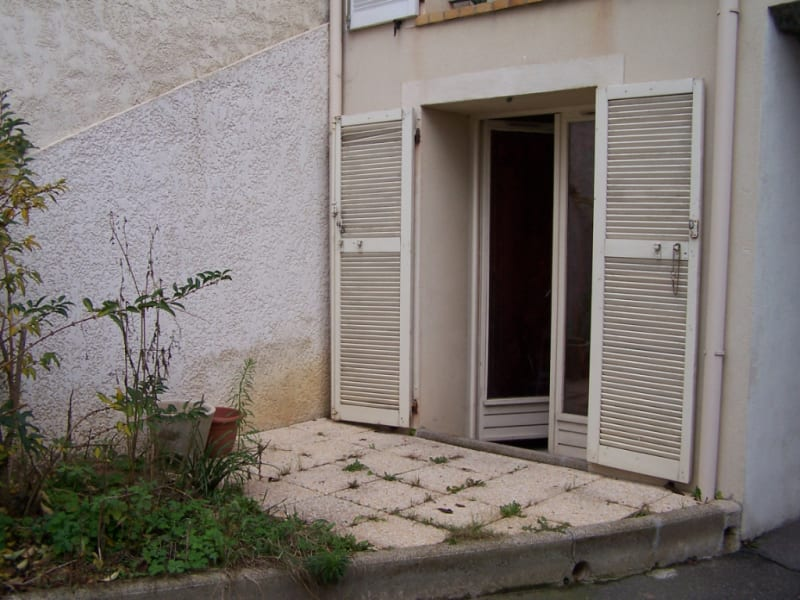 Rental apartment Linas 568,50€ CC - Picture 1
