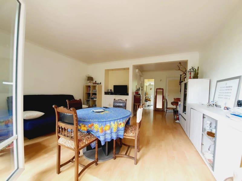 Sale apartment Villemomble 210000€ - Picture 5