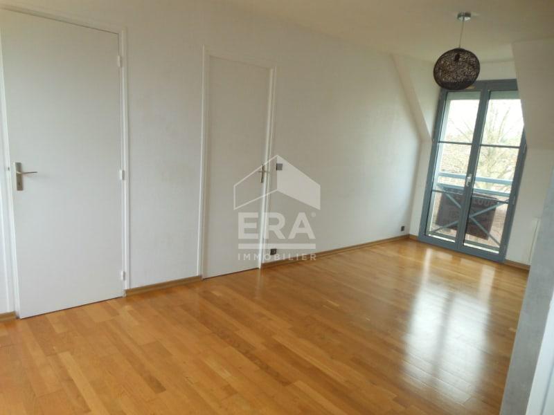Rental apartment Brie comte robert 720€ CC - Picture 2