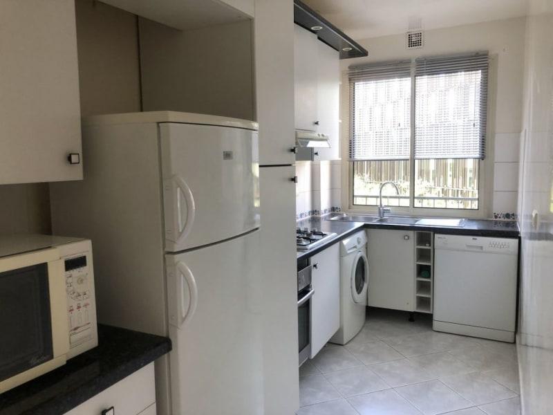 Location appartement Paris 17ème 2350€ CC - Photo 6