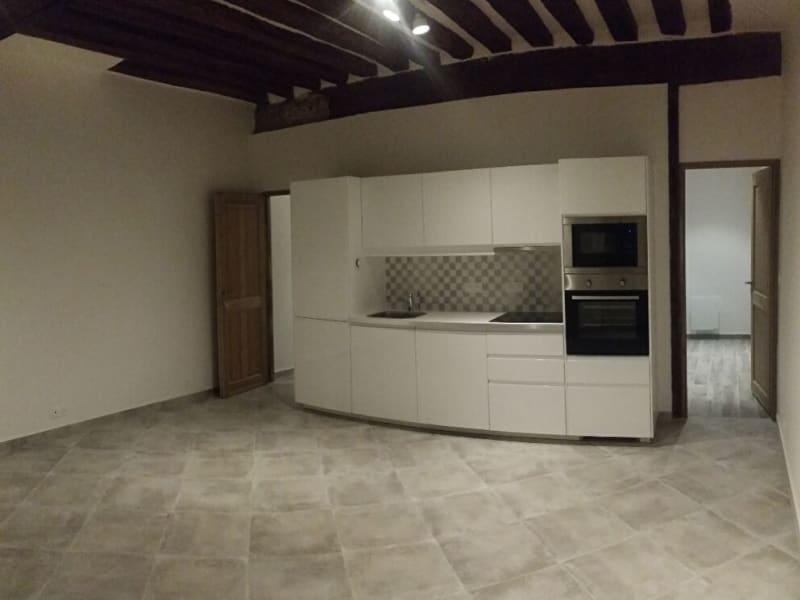 Rental apartment Paris 5ème 1450€ CC - Picture 1