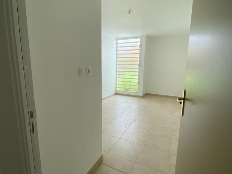 Location maison / villa Riviere pilote 838€ CC - Photo 6