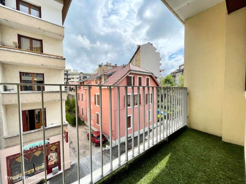 Sale apartment Annecy 483000€ - Picture 2