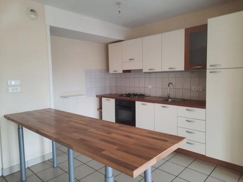 Rental apartment Roanne 640€ CC - Picture 3
