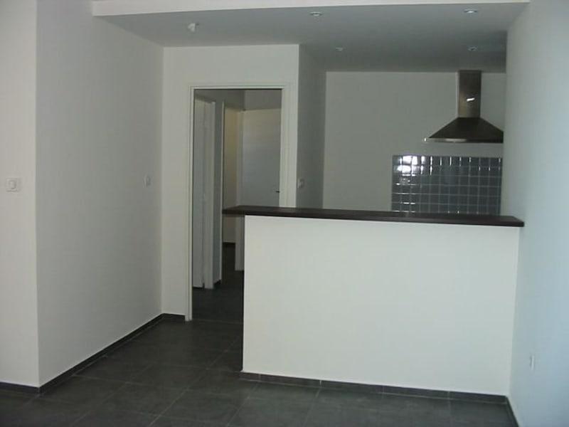 Location appartement Ste clotilde 800€ CC - Photo 2