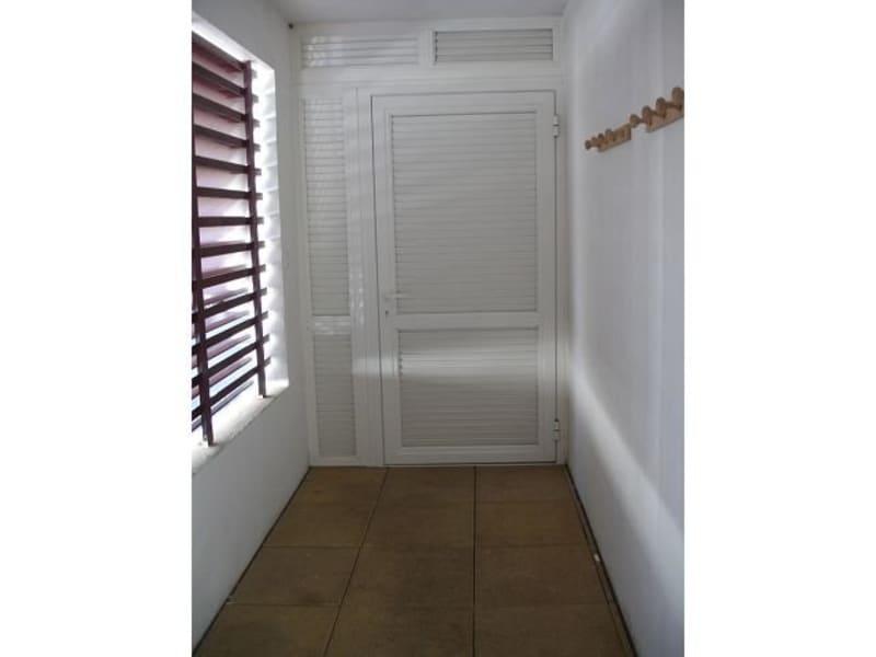 Location appartement Ste clotilde 590€ CC - Photo 1