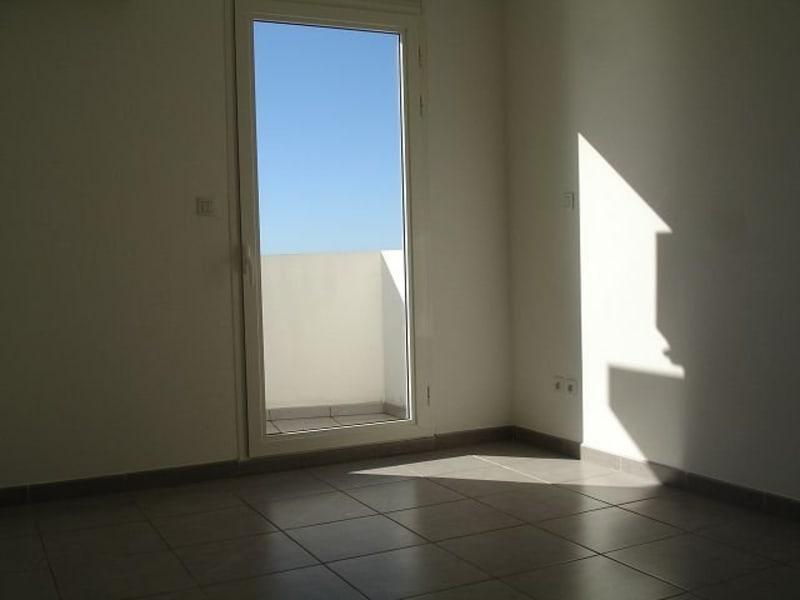 Location appartement Ste clotilde 590€ CC - Photo 5