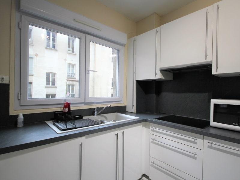 Rental apartment Paris 17ème 1100€ CC - Picture 4