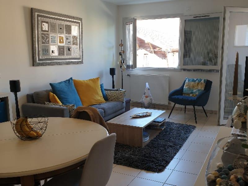 Rental apartment La roche sur foron 693,25€ +CH - Picture 2