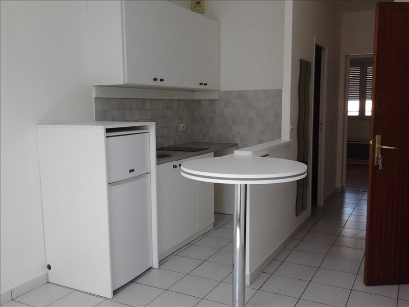 Rental apartment Athis mons 665€ CC - Picture 1