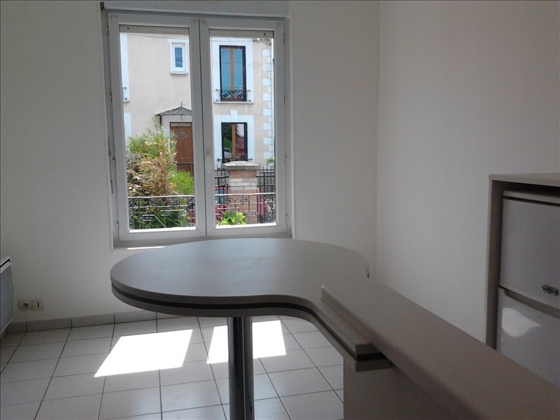 Rental apartment Athis mons 665€ CC - Picture 2