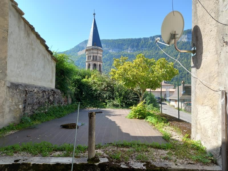 Vente maison / villa Nantua 85000€ - Photo 1