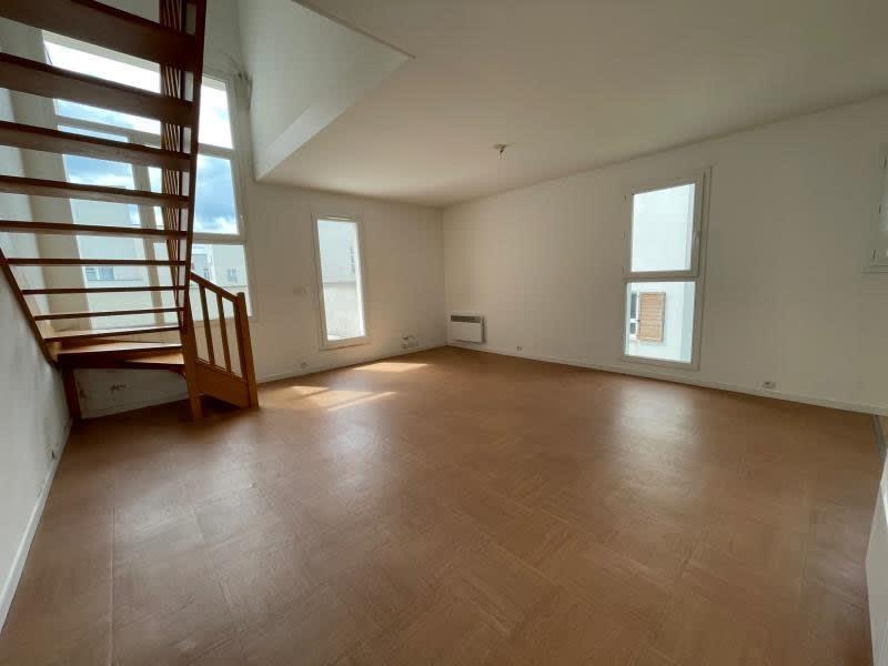 Sale apartment Val de reuil 110000€ - Picture 3