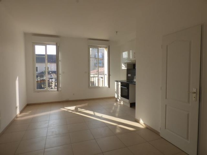 Location appartement Bezons 850€ CC - Photo 2