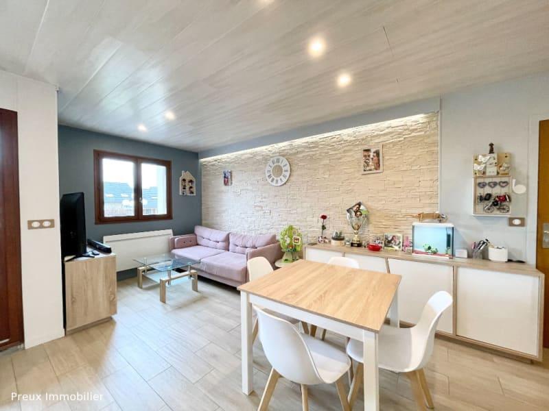 Sale apartment Argonay 296800€ - Picture 1
