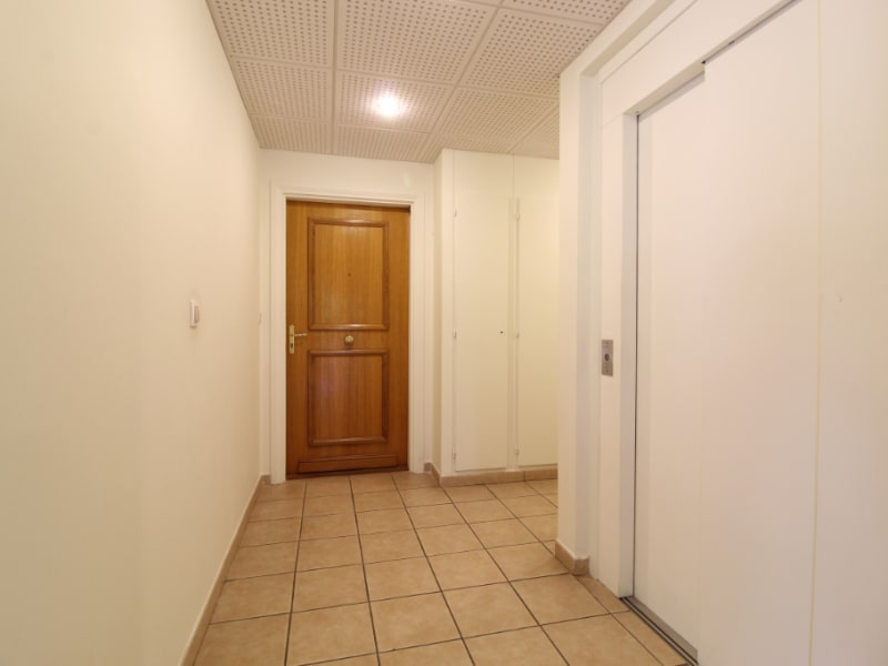 Vente appartement Hyeres 420000€ - Photo 12