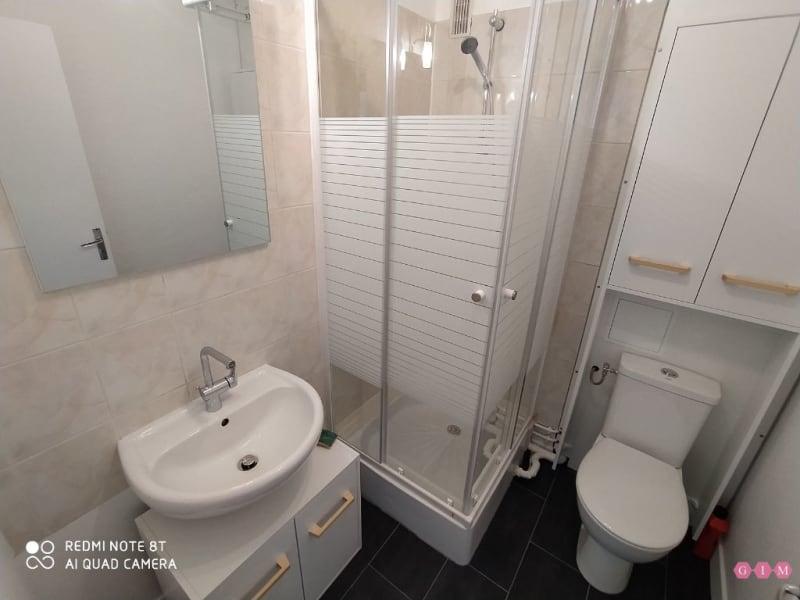 Location appartement Poissy 640€ CC - Photo 5