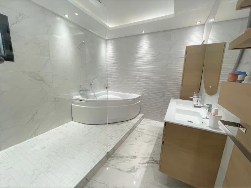 Deluxe sale house / villa La ciotat 840000€ - Picture 6