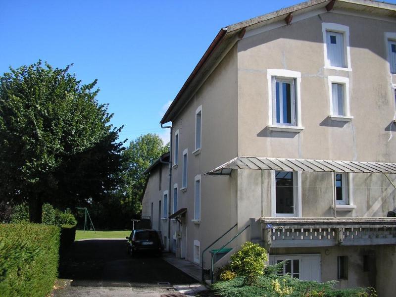 Rental house / villa Nurieux 643€ CC - Picture 1