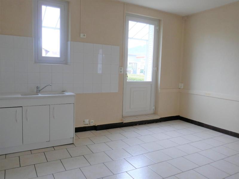 Rental house / villa Nurieux 643€ CC - Picture 3