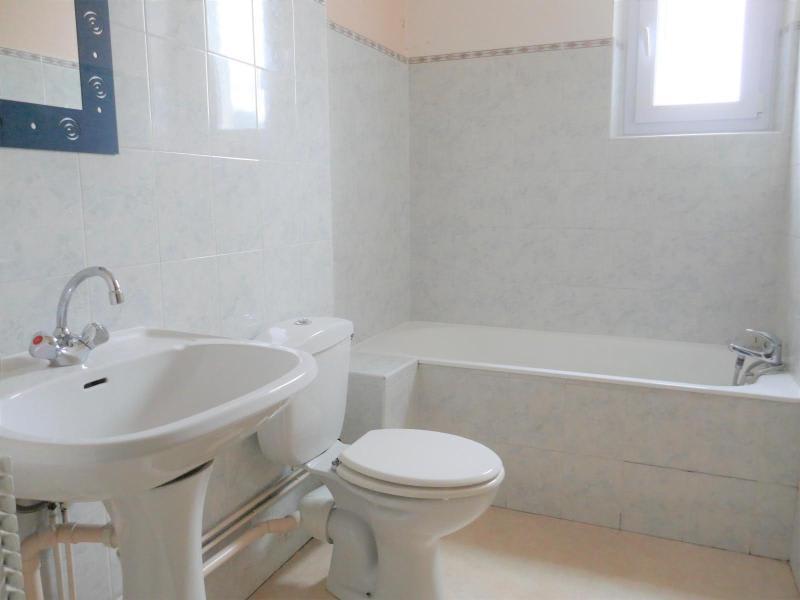 Rental house / villa Nurieux 643€ CC - Picture 8