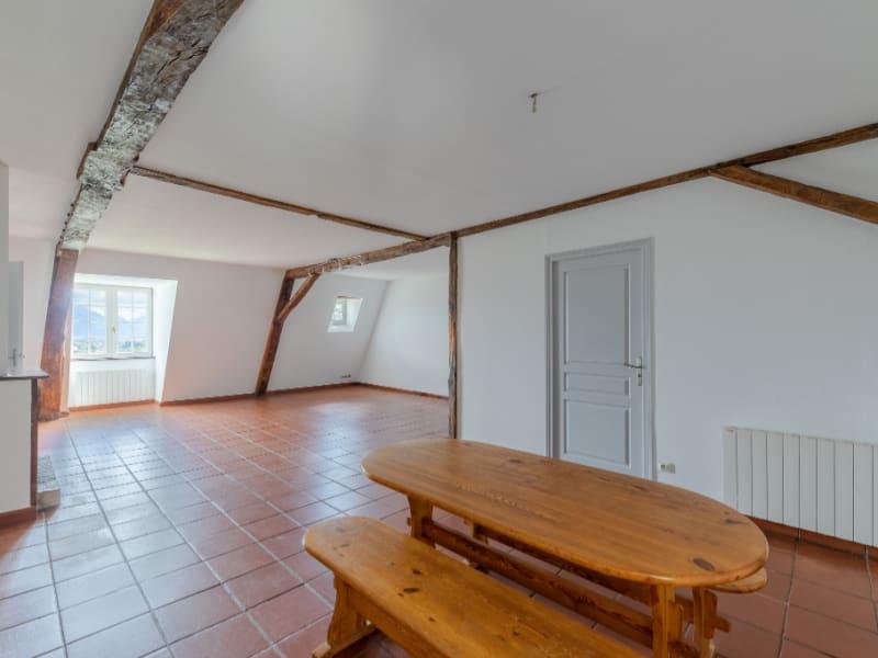 Sale apartment Voiron 259000€ - Picture 2